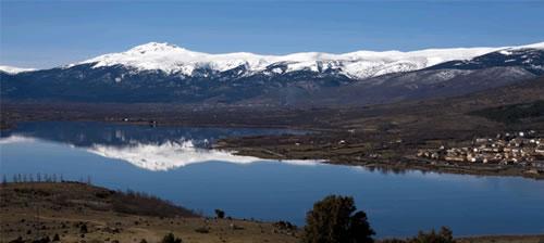 20090309221135-penalara-se-refleja-en-embalse-de-pinilla-valle-del-lozoya-desde-sabinar-or