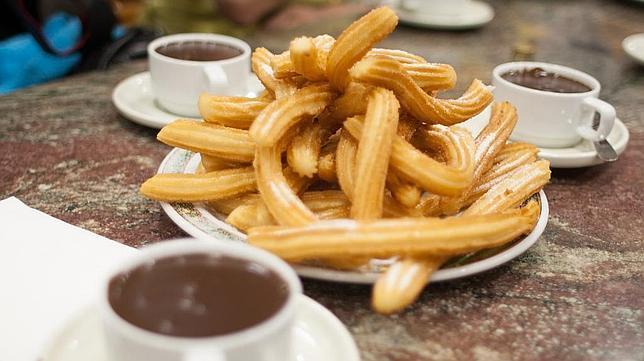 churros-chocolate-tim-lucas--644x362