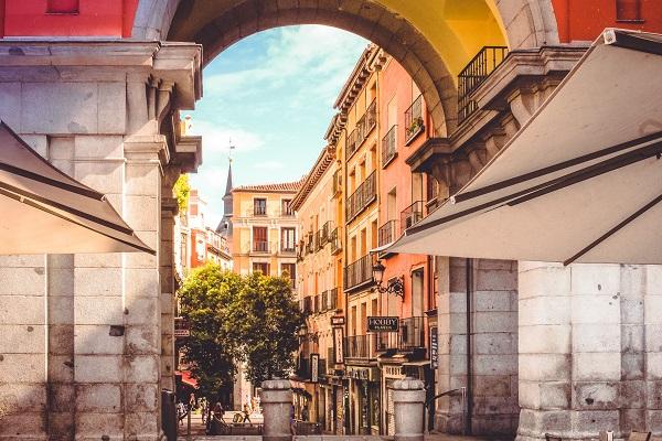 Desde Santiago De Compostela a Madrid en Tren
